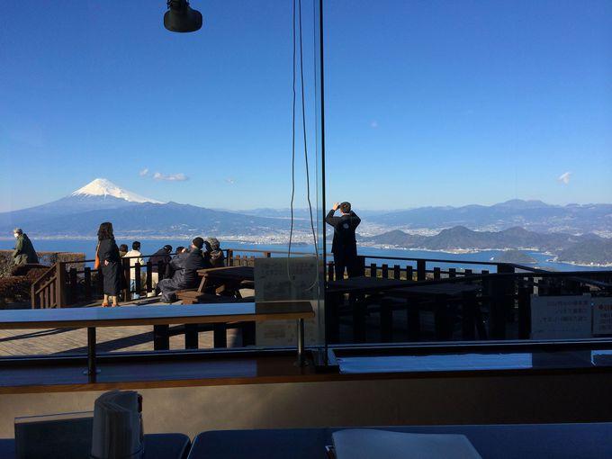 絶景を眺めながらの食事は格別!