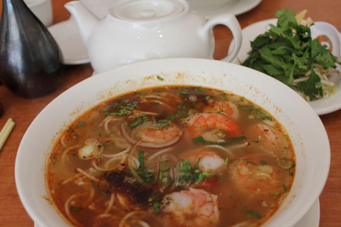 ベトナム人街 「キングスランド・ロード」で本場の味
