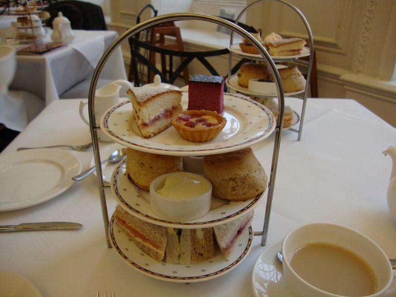 ロンドン ケンジントン宮殿でいただく「アフタヌーンティー」オランジュリーで過ごす優雅なひと時