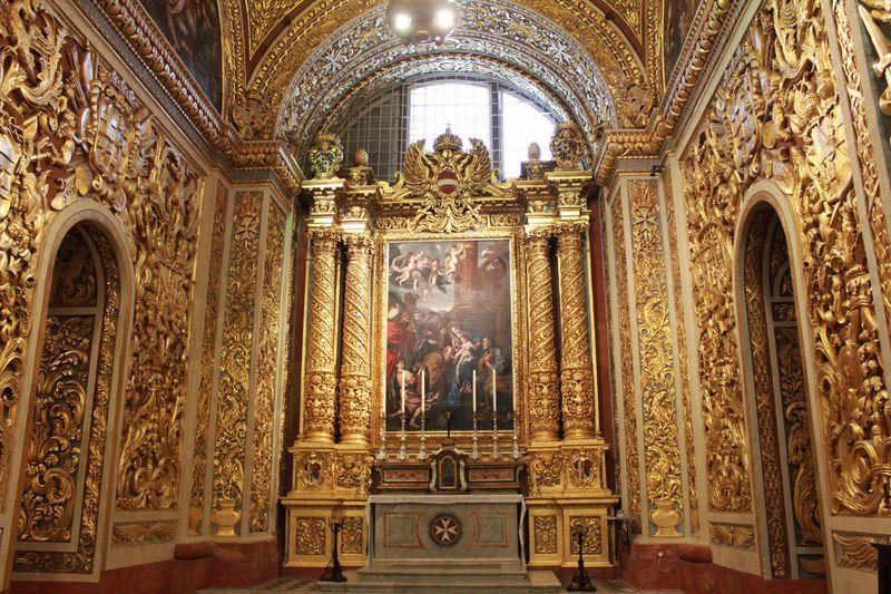 マルタ騎士団の守護聖人に捧げられた「聖ヨハネ大聖堂」