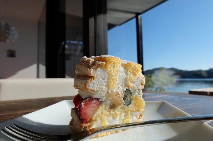 絶品ケーキも楽しみ!「伯方島」
