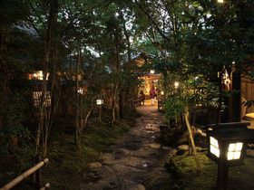 熊本・黒川温泉の隠れ家「のし湯」あえて料理で宿を選ぶその理由とは?