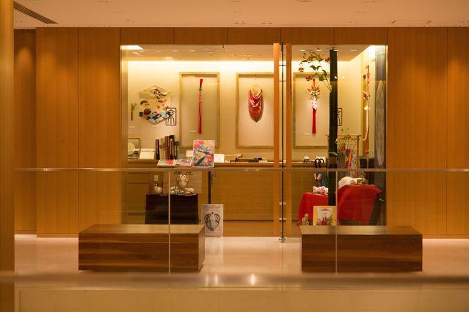 館内には京都中の伝統工芸を集めたショップまで!