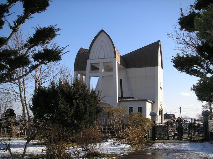 真上から見ると十字架が!?珍しい景観の聖ヨハネ教会