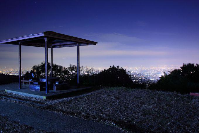 信貴生駒スカイライン北口からアクセスの良い「パノラマ駐車場」