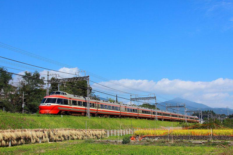 都会の喧騒を離れて、風光明媚な場所で小田急線を撮ろう!