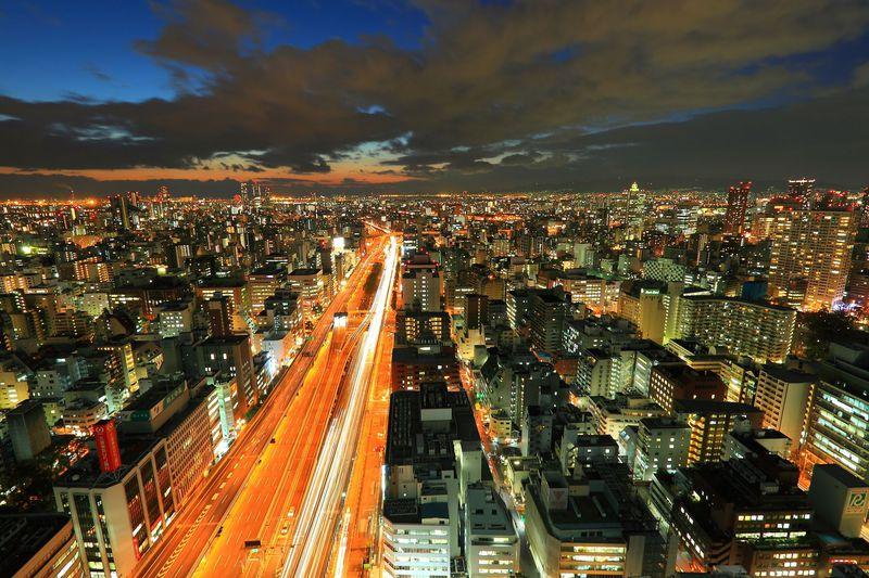 極上パノラマ夜景に感動!大阪本町の「オリックス本社ビル」展望フロアー