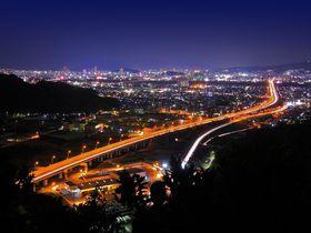 お手軽さに思わず感動!静岡市内西部のオススメ夜景スポット4選