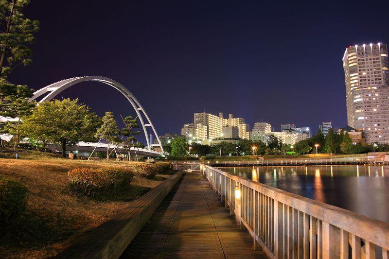 眺めの良い屋上庭園は穴場!東京「東品川海上公園」の夜景