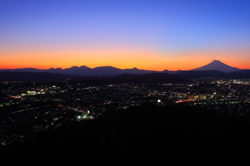 パノラマ夜景に酔いしれよう!神奈川県秦野市「弘法山公園」