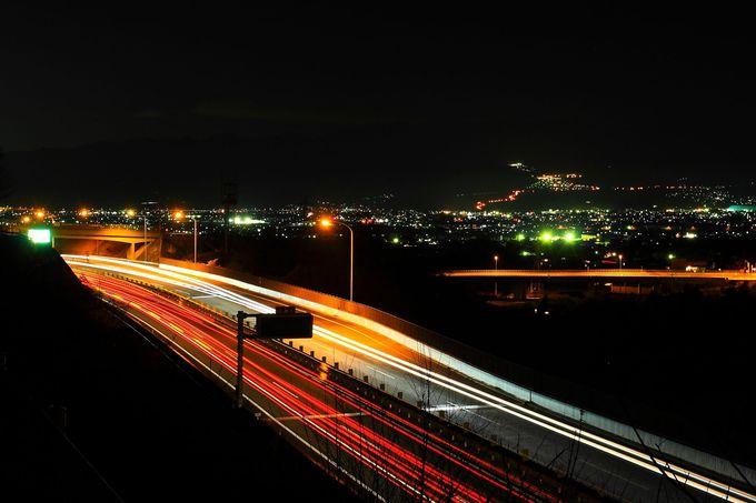 勝沼インターチェンジ付近の究極穴場夜景スポット!「岩崎橋」