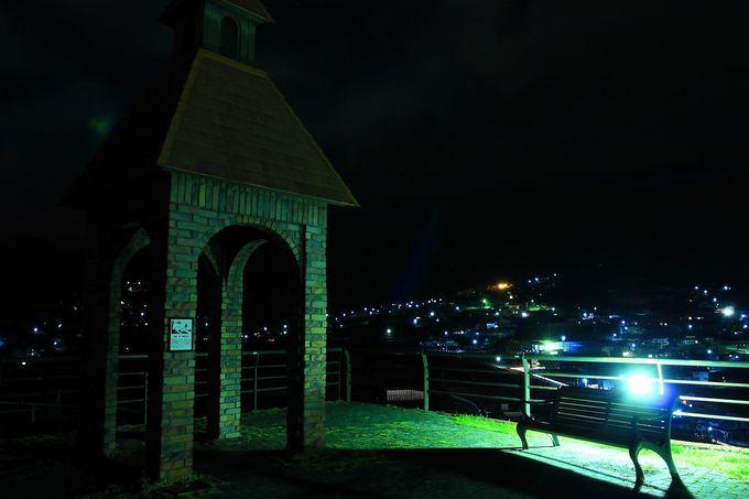 甲府盆地の夜景を一望!甲州市最大の商業施設!「ぶどうの丘」