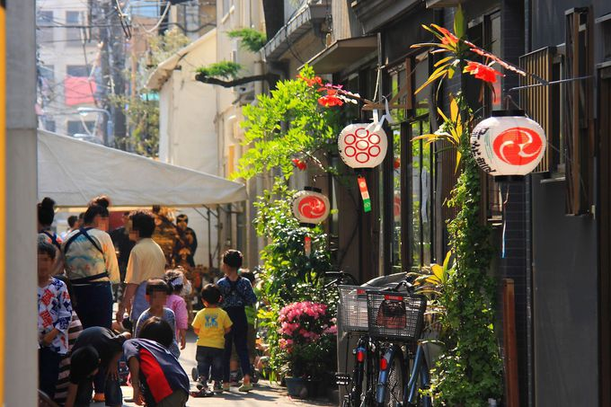 祭当日は「鳥越」の街の路地も必見!