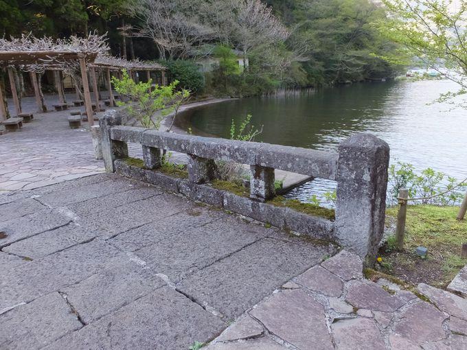江戸時代の往来を今に伝える橋
