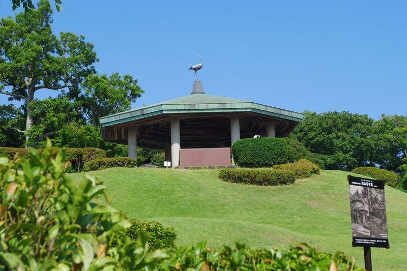 華麗なる旧三井財閥別荘跡地と旧吉田茂邸を散策「大磯城山公園」