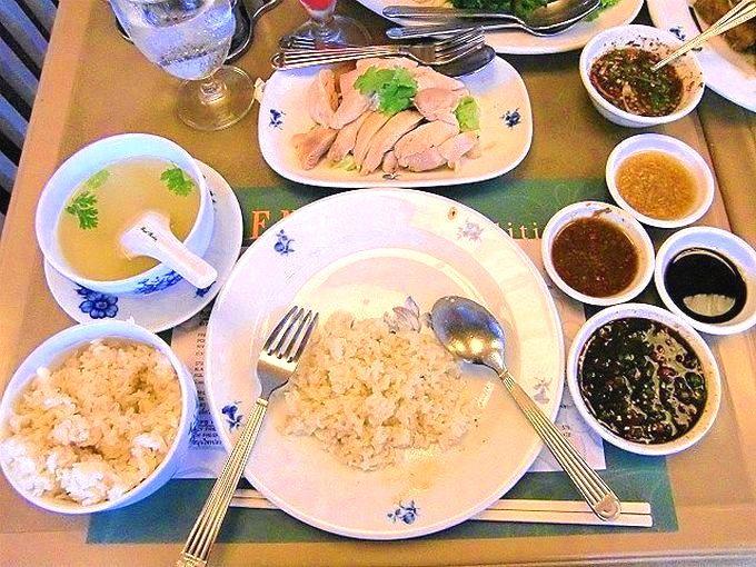 6.カオマンガイ(茹で鶏肉ご飯)