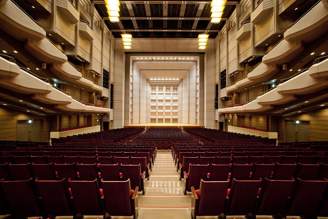 世界屈指のコンサート、オペラ、バレエを上演「オーチャードホール」