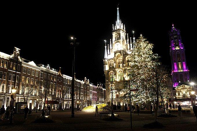 大人なイルミネーションのお勧めは、アムステルダム広場