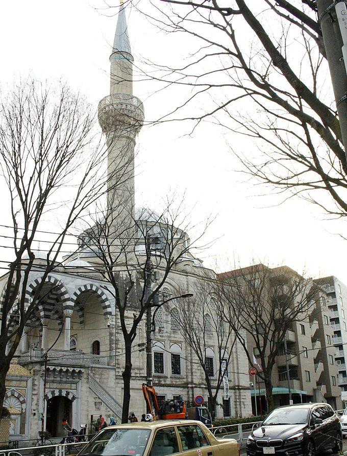 日本最大のオスマントルコ様式のモスク。