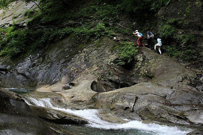 クライマックスに待ち受けている絶景・七ツ釜五段の滝