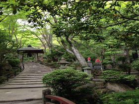 深い緑と水音に癒される!石仏の山寺、広島市西区「三瀧寺」|広島県|トラベルjp<たびねす>
