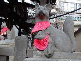 就職や出世にご利益!可愛い狐のいる浅草「被官稲荷神社」