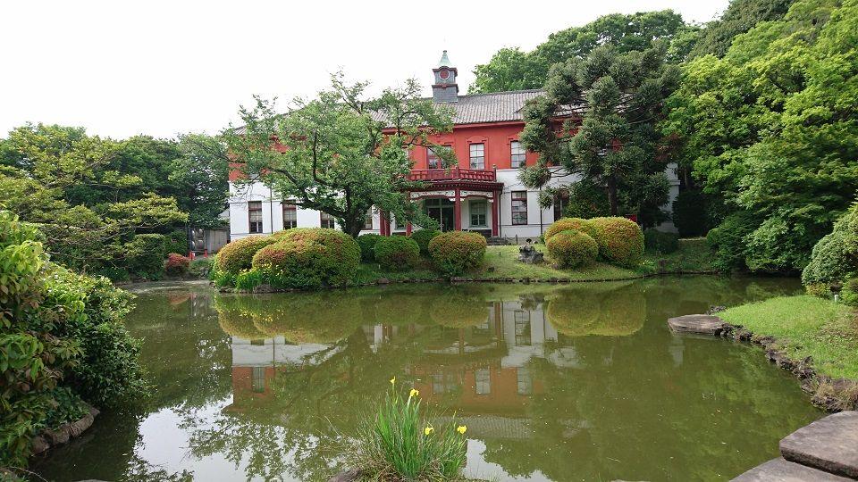 絵のような旧東京医学校本館