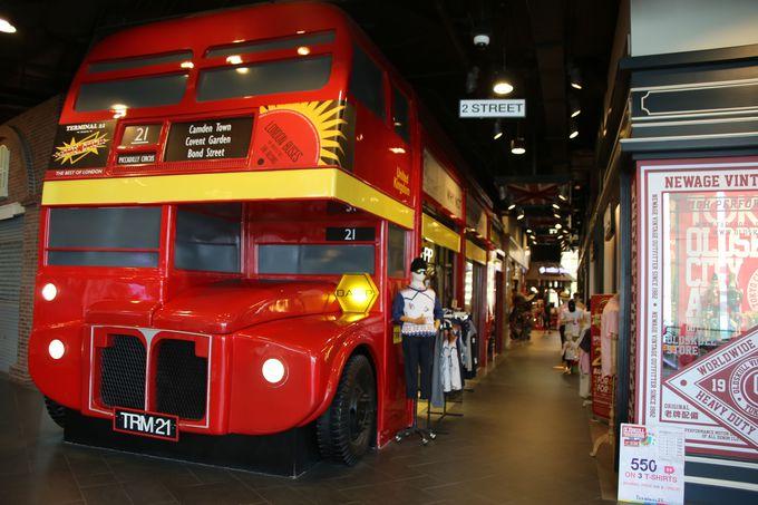 ロンドン・今にでも走り出しそうな2階建てバス