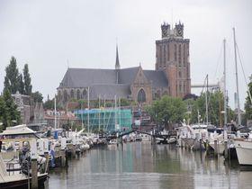 未完の塔を持つ教会!運命に翻弄された蘭「ドルトレヒト大教会」