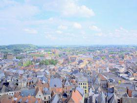 山の街で見渡す絶景と美しい建築!ベルギー「モンス」の魅力