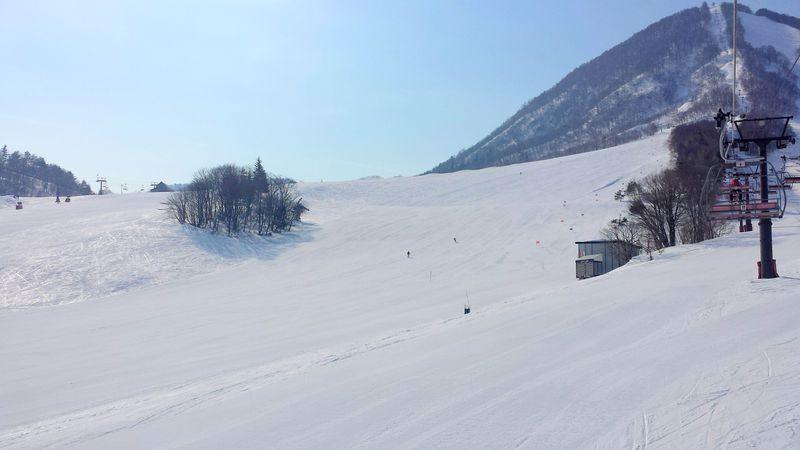 滑った後は温泉も!おすすめスキー場5選
