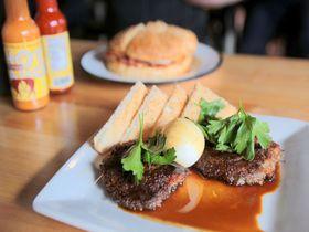肉食必見!ニューオーリンズ「ぶたのお肉屋さん」が作るガッツリ料理