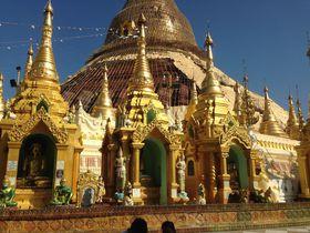 """豪華絢爛な黄金寺院!ミャンマー ヤンゴン""""シュエダゴン・パゴダ""""を参拝しよう"""