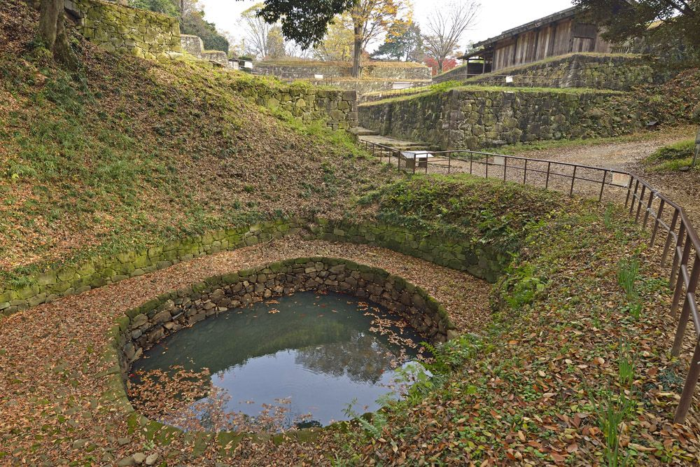 金山城の見どころ「月ノ池」