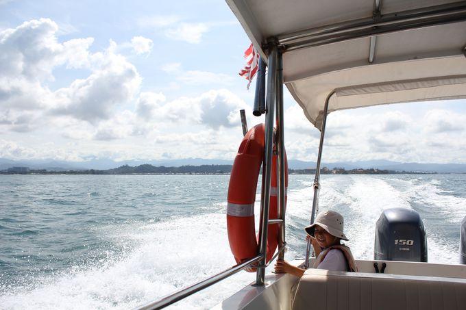 専用ボートはジェットコースター並みの興奮!