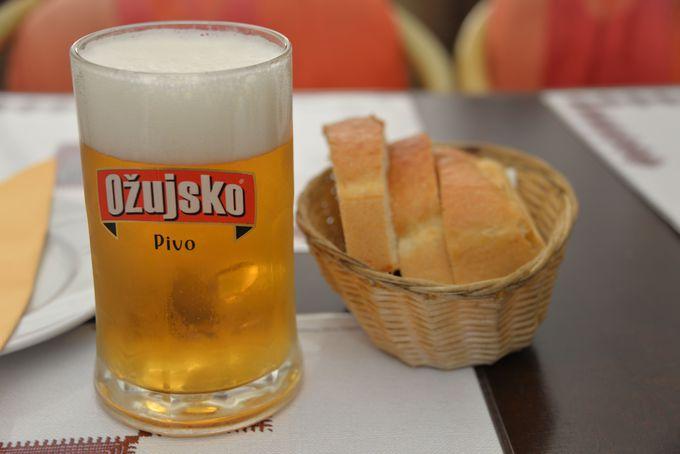 クロアチアの国民的ビール!Ozuisko(オジュイスコ)