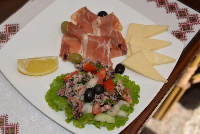 絶品!ダルマチア産の生ハム&チーズプレート