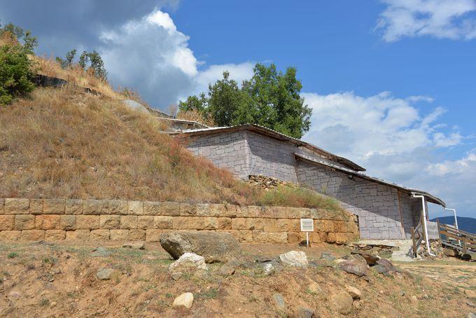 ワイナリー近くにある遥か昔に築造された神殿