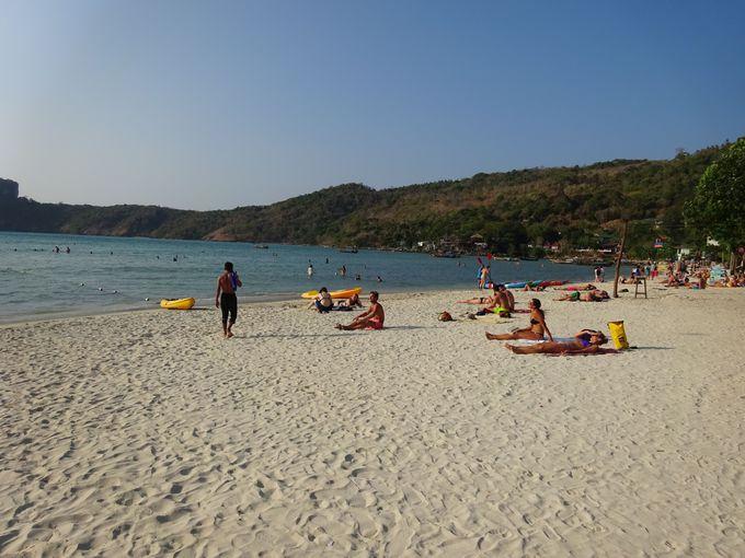 綺麗な遠浅のビーチ