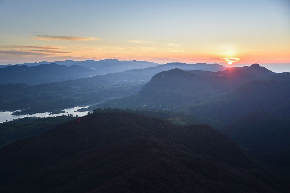 スリランカの聖なる山、スリー・パーダから観るご来光がスゴい!