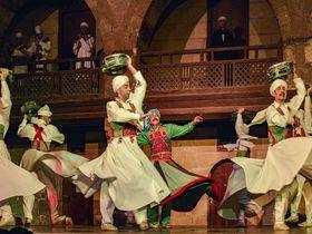 エジプト伝統のダンス!スーフィーの旋踊をカイロで観よう