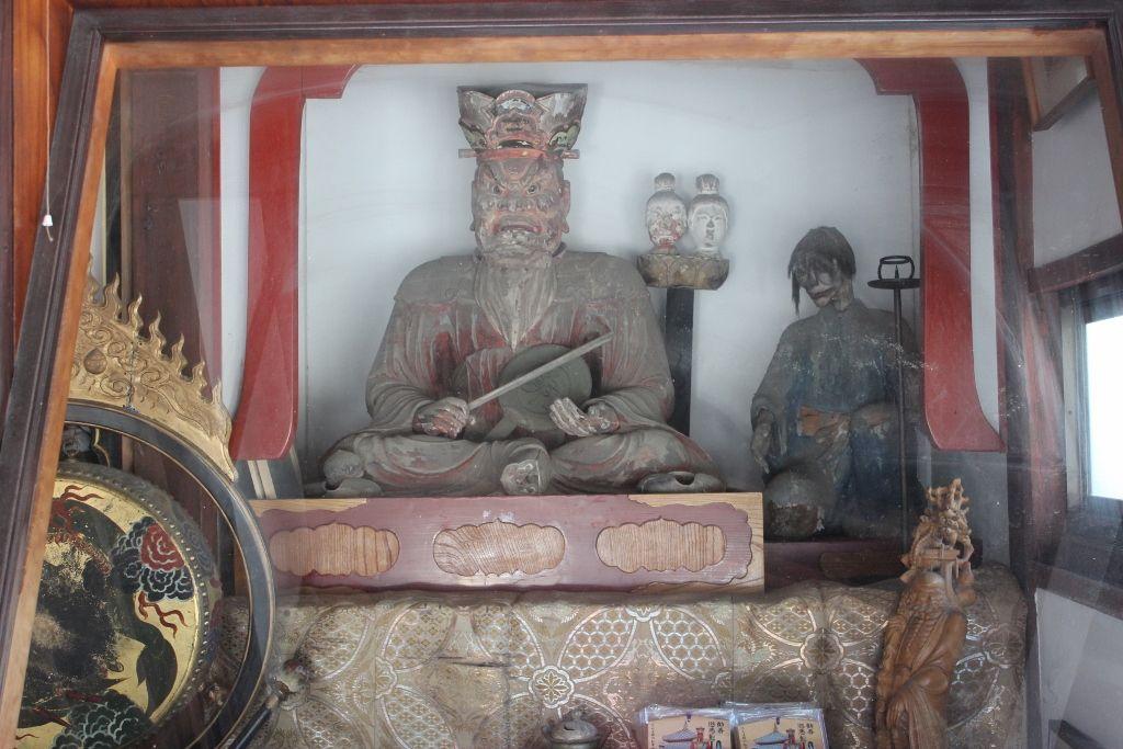 閻魔さまがいる「岡谷山 円龍寺」