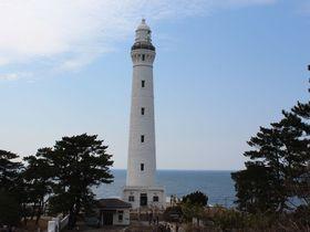 出雲大社参拝の後は日御崎に行こう!~碧い海を背景に日本一の灯台が立つ岬~|島根県|トラベルjp<たびねす>
