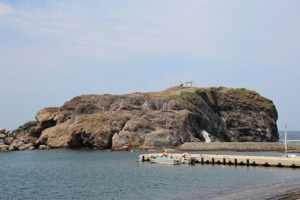 島根半島最西端「日御碕」は神秘の岬