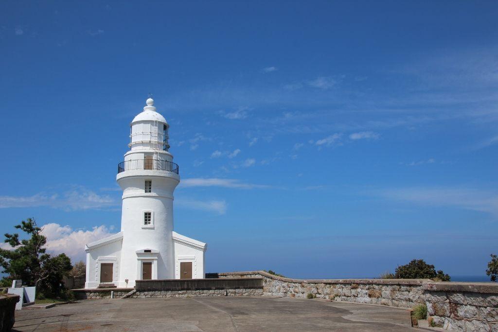 教会のように建つ「屋久島灯台」