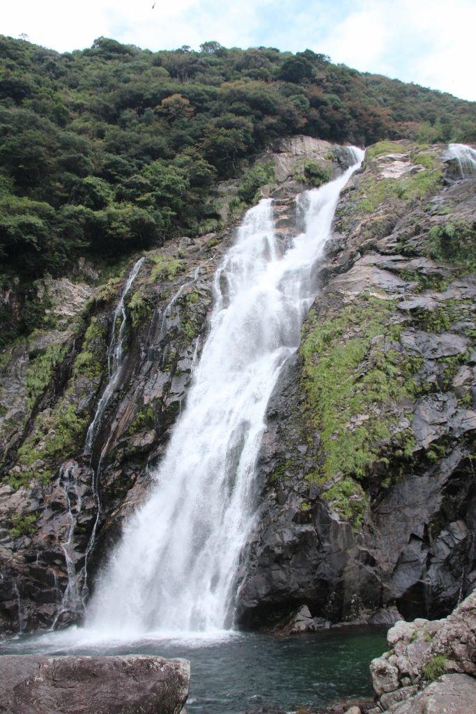落差88mの壮大な滝「大川の滝」