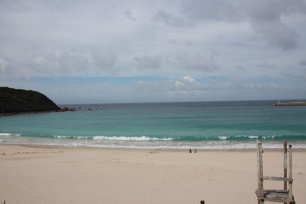 白い砂浜がまぶしい浦田海岸