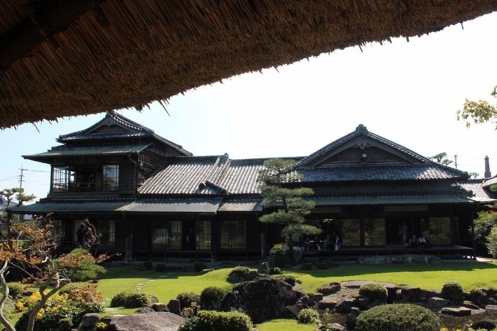 炭鉱で栄えた銘菓ひよ子の町、長崎街道の宿場町「飯塚市」