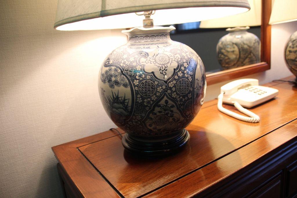 華美な装飾がなくゆっくりとくつろげる客室