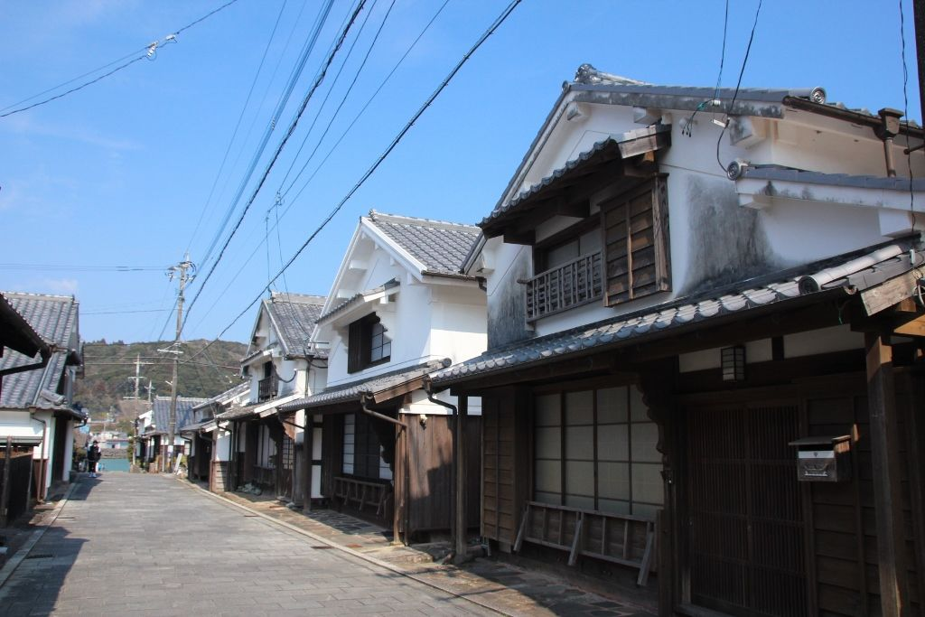 伝説と歴史の静かな港町 日向市「美々津」
